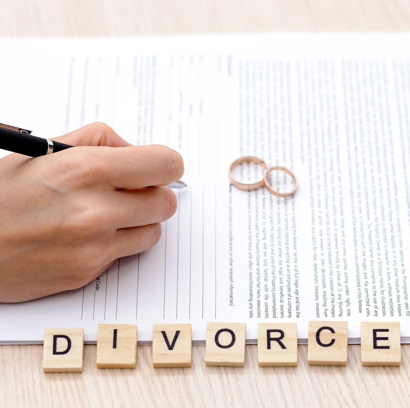 contested divorce lawyers
